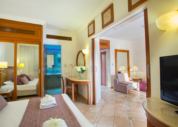Atlantica Aeneas Resort and Spa SWIM UP ONE BEDROOM FAMILY SUITE