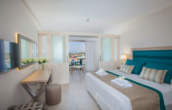 Atlantica Aeneas Resort and Spa FAMILY 4 POOL VIEW ROOMS WITH PARTITION