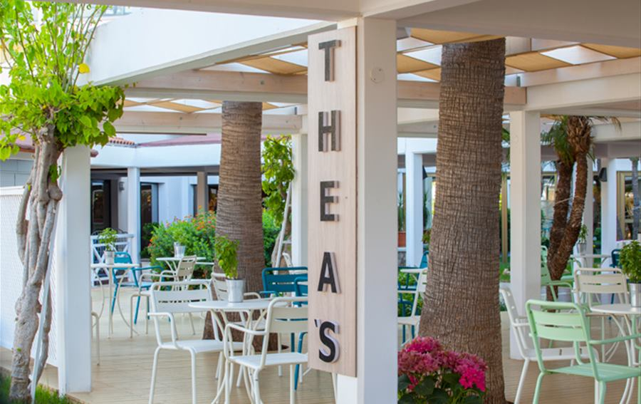 Atlantica Aeneas Resort and Spa - Thea's Coffee Shop & Juice Bar