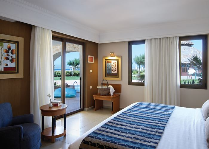 Atlantica Caldera Palace - Family Suite Swim Up