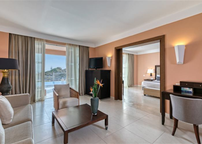 Atlantica Belvedere Resort & Spa - Suite with Private Pool Sea View