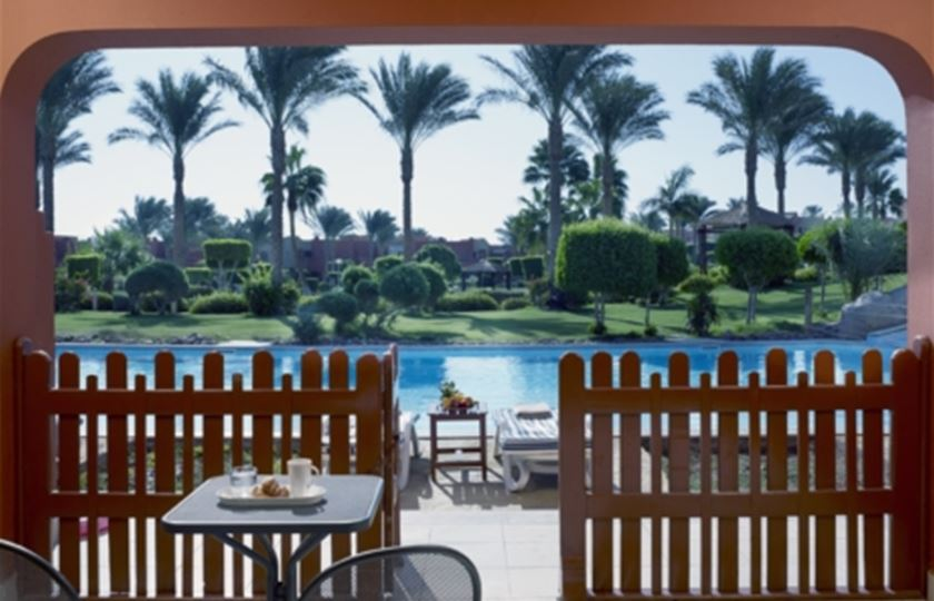 Holiday Village Red Sea By Coral Sea SWIM UP ROOM