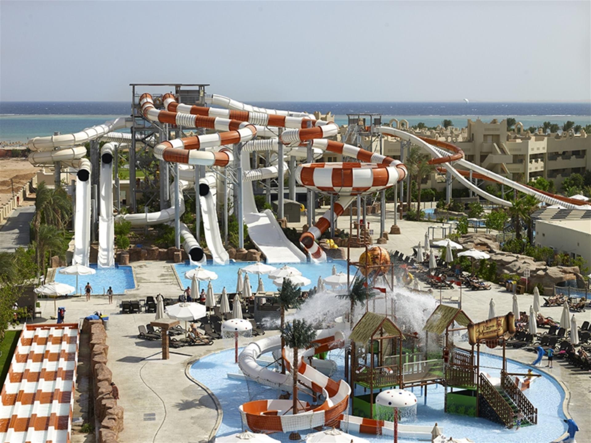Coral Sea Waterworld Atlantica Hotels