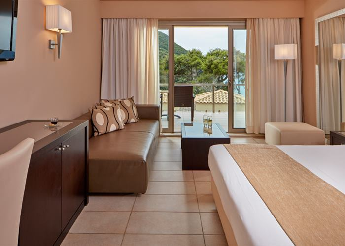 Double side sea view room