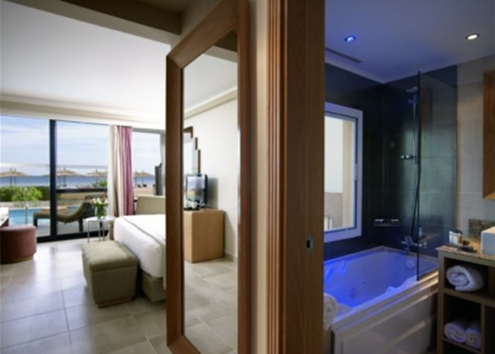 Sensatori Resort Sharm El Sheikh by Coral Sea - Adult Swim Up Room
