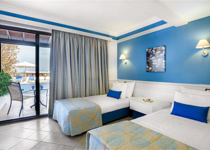Atlantica Amilia Mare - Family Room with Sharing Pool Sea View